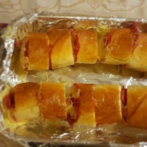 Колбаса - Мини-пицца в багете
