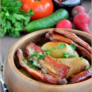 Фенхель - Молодой картофель с копчеными свиными ребрышками