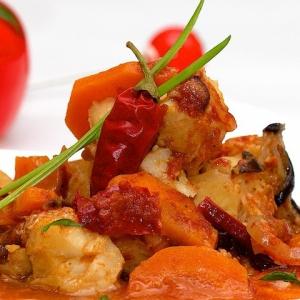 Рецепты арабской кухни - Морской окунь по-арабски