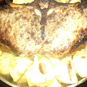 Мадера - Мясо на кости, запеченное с картофелем