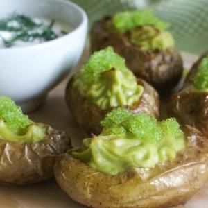 Авокадо - Нарядный запеченный картофель