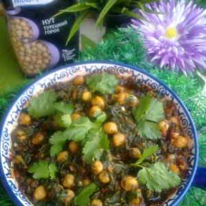Нут - Нут со шпинатом и помидорами