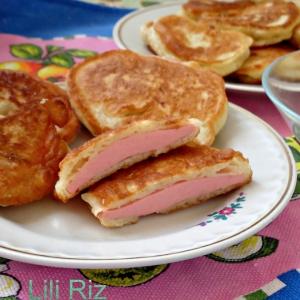 Колбаса - Оладьи с вареной колбасой