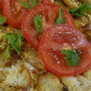 Хлеб - Омлет с обжаренными кусочками хлеба
