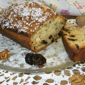 Чернослив - Ореховый кекс с черносливом и кокосовой стружкой