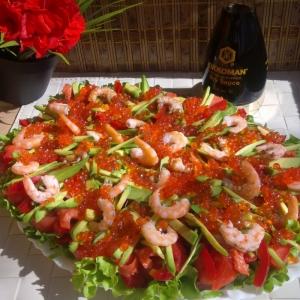 Икра - Овощной салат с семгой