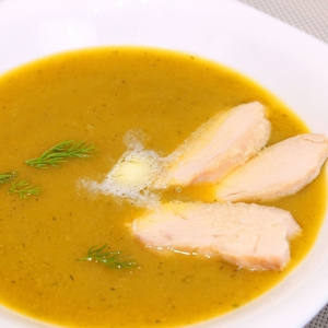 Рецепты супов - Овощной суп-пюре с куриным филе