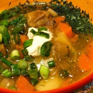 Рецепты супов - Овощной суп с белыми грибами