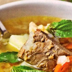 Рецепты супов - Овощной суп с говядиной