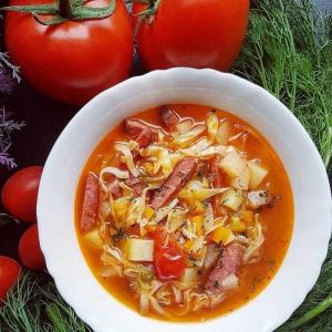 Морковь - Овощной суп с копчеными колбасками