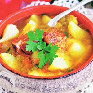 Овощной суп со свиными ребрышками