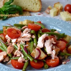 Рецепты салатов - Панцанелла с сёмгой