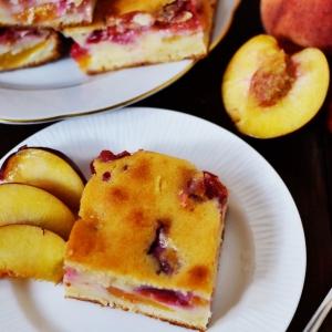 Персик - Персиково-сливовый пирог