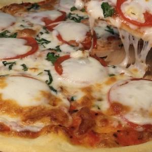 Рецепты средиземноморской кухни - Пицца Маргарита