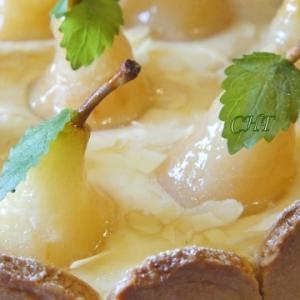 Перепелиное яйцо - Пирог с грушами и сливочно-заварным кремом
