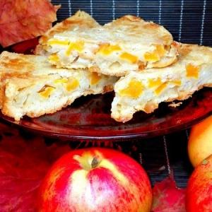 Миндаль - Пирог с тыквой и яблоками