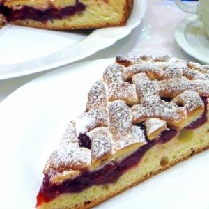 Вишня - Пирог с желейной вишней