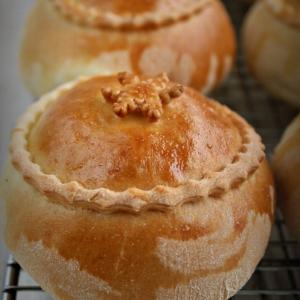 Пирожки бочонки с капустой