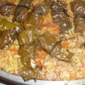 Узбекская кухня - Плов с долмой по-маргилански