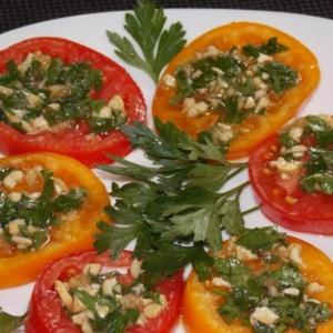 Петрушка - Помидоры закусочные с ореховой ноткой