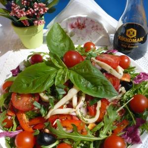 Душица обыкновенная (орегано) - Постный салат с кальмарами