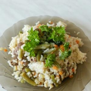 Капуста белокачанная - Рис с овощами и куриными сердечками а-ля ризотто