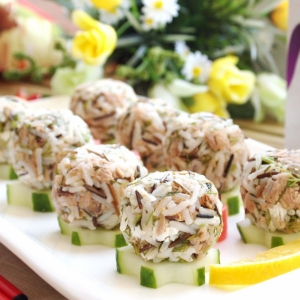 Тунец - Рисовые шарики с тунцом и сливочным сыром