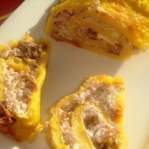 Брынза - Рулет из тыквы с начинкой из гречки, брынзы и вяленых помидоров
