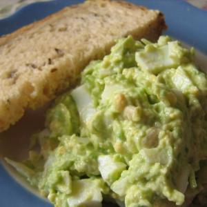 Рецепты средиземноморской кухни - Салат из авокадо