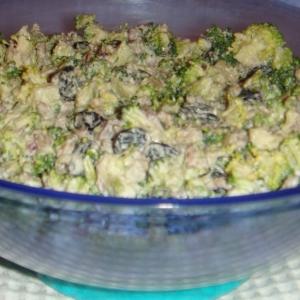 Кешью - Салат из брокколи с соусом из кешью