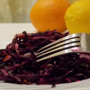 Лук-шалот - Салат из краснокочанной капусты  Ягодный дракон