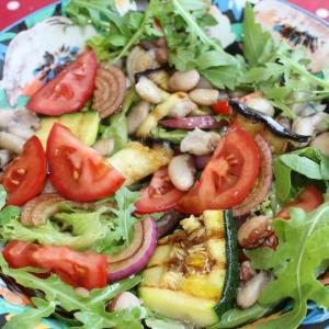 Рецепты средиземноморской кухни - Салат Овощное ассорти