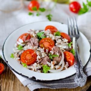 Рис - Салат с рисом и печенью трески