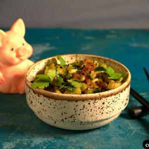 Вегетарианская кухня - Салат с сельдереем и огурцом