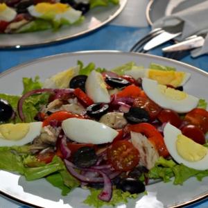 Салаты рыбные - Салат со скумбрией а-ля Нисуаз