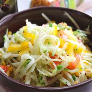 Вегетарианская кухня - Салат витаминный