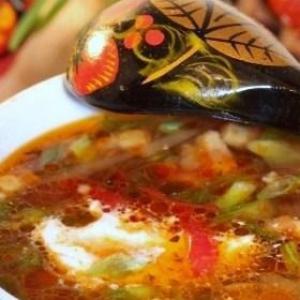 Субпродукты - Щи с куриными шейками и овощами