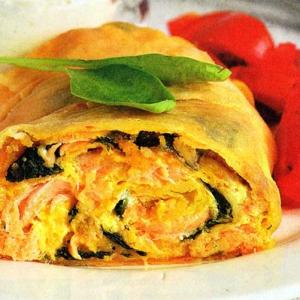 Рецепты из теста - штрудель с лососем и шпинатом
