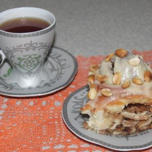 Арахис - Синнабоны с арахисом и карамельным соусом