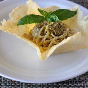 Рецепты средиземноморской кухни - Спагетти с песто