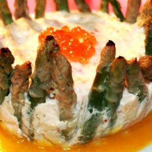 Спаржа - Суфле из лосося и крабовых палочек со спаржей и с апельсиновым соусом