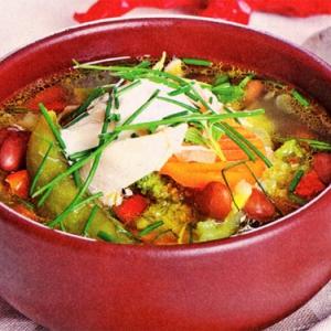 Суп гуляш с говядиной и овощами
