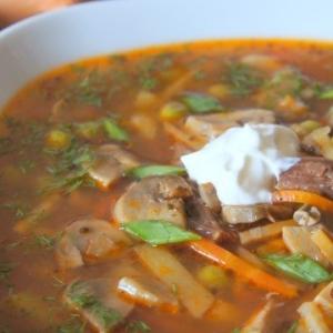 Майоран - Суп из свинины с шампиньонами и горошком