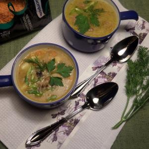 Суп с чечевицей и черносливом