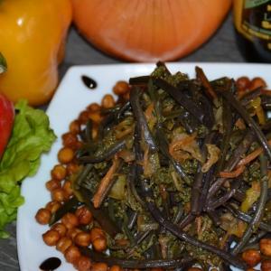 Пользователи - Свежий папоротник с овощами и соевым соусом