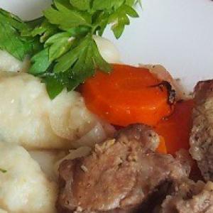 Рецепты славянской кухни - Свинина с картофельными шишками