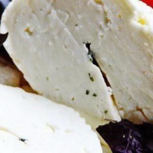 Мята - Сыр Халуми и Анари из козьего молока