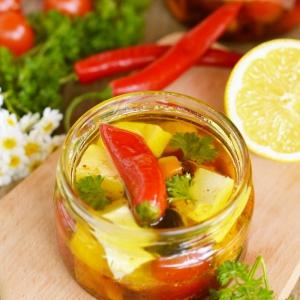 Фет - Сыр маринованный с овощами