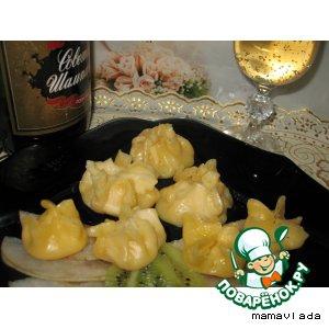 Шампанское - Сырные мешочки с ананасами в шампанском