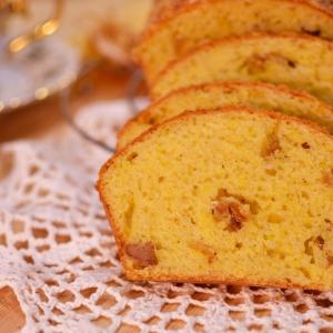 Сливки - Сырный кекс с грудинкой